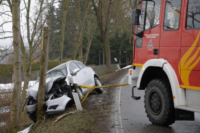 <p>Gut eine Stunde lang ist am Mittwoch die Ortsdurchfahrt Augustusburg wegen eines Unfalls gesperrt gewesen.</p>  <p></p>