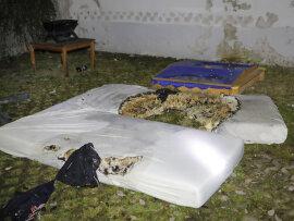<p>Das Feuer brach am Mittwochabend in der Wohnung eines Mehrfamilienhauses aus.</p>