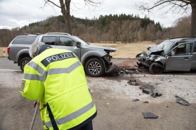 <p>Der Senior war gegen 10.15 Uhr mit seinem Suzuki auf der Verbindungsstraße in Höhe des Wiesenparkplatzes in Blockhausen von der Straße abgekommen.</p>