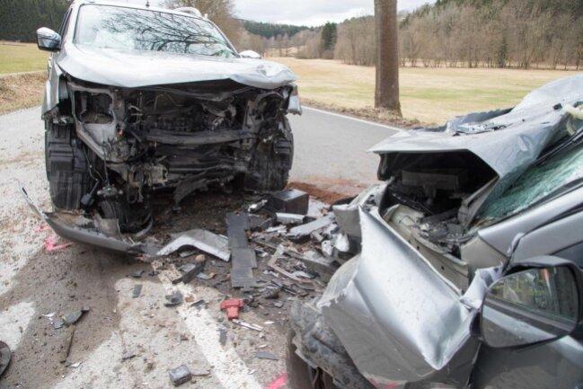 <p>Dabei erlitt der Suzukifahrer schwere Verletzungen, an denen er im Krankenhaus verstarb.</p>