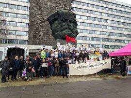 <p>Während der Auftaktkundgebung am Marx-Monument ...</p>