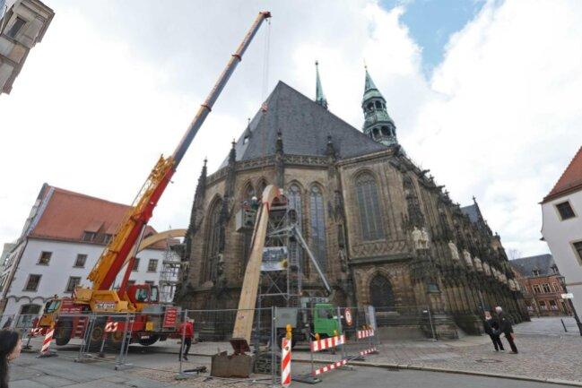 <p>Durch instabiles Fundament neigte sich die Marienkirche über die Jahre um 34 Zentimeter in Richtung Süden.</p>