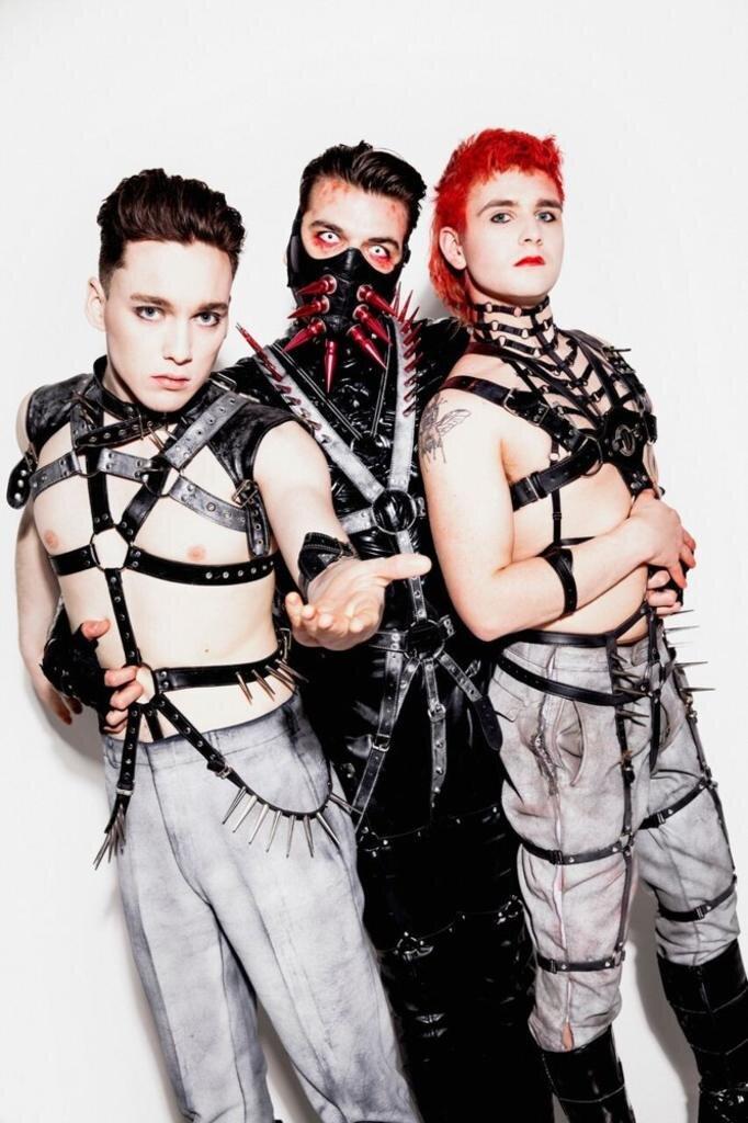 """<p>Einer der ungewöhnlichsten Acts ist die Industrial-Band Hatari aus Island. Ihr Song heißt """"Hatrið mun sigra"""".</p>"""