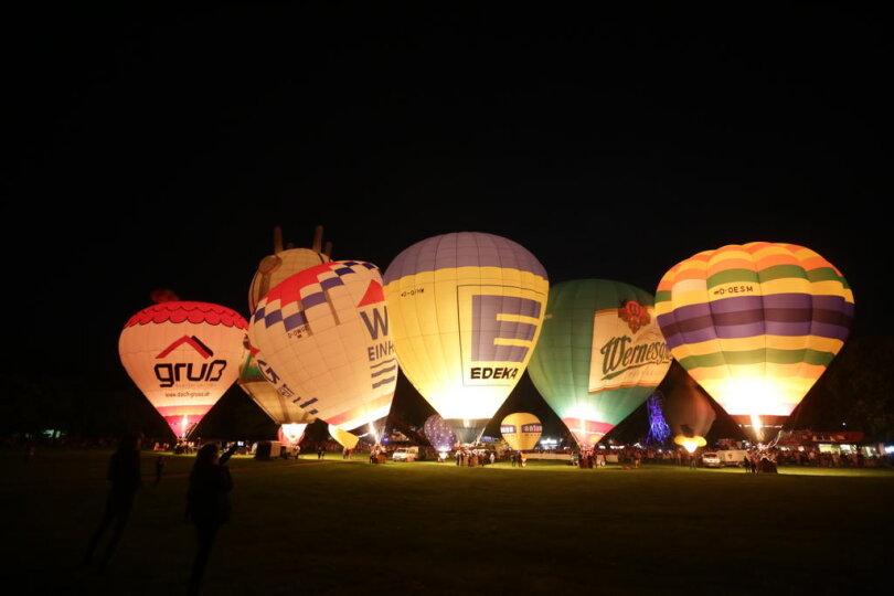 <p>Am Samstagabend fand das traditionelle Ballonglühen statt.</p>