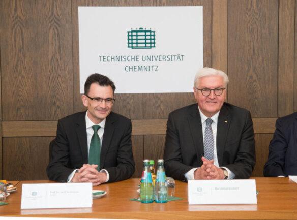 <p>Im Anschluss besuchte der Bundespräsident die TU Chemnitz.</p>