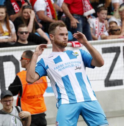 <p>Tobias Müller - Schütze des 1:0 und des 2:0.</p>