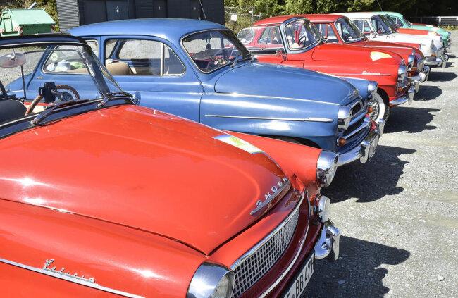 <p>Wagen aus Tschechien, der Schweiz, Österreich und Deutschland wurden präsentiert.</p>