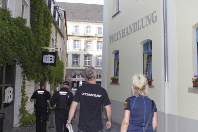 <p>Etwa 4000 Menschen müssen ihre Häuser verlassen, u.a. hier an der Nobelstraße.</p>