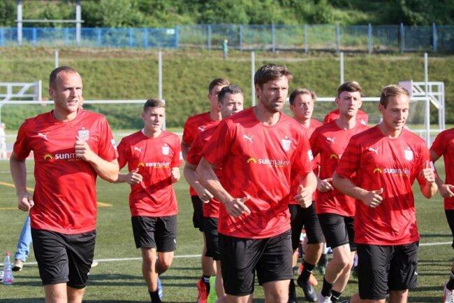 <p>Am Sonntag gastiert der FSV beim 1. FC Rodewisch (Kreisoberliga, 15 Uhr). (Es folgen weitere Bilder)</p>