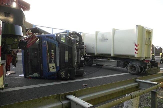 <p>Der Lkw-Fahrer wurde schwer verletzt.</p>