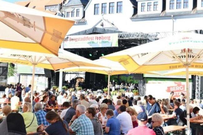 <p>Es folgen weitere Eindrücke vom Bergstadtfest.</p>
