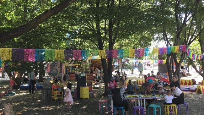 <p>Im Stadthallenpark gibt es Aktionen für Kinder.</p>