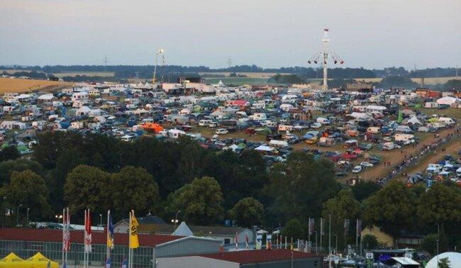 <p>Auf dem Ankerberg fanden sich bereits am Freitag alle Fans ein und feierten den Beginn des Grand Prix.</p>