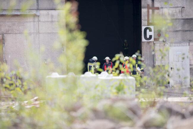 <p>Brände, Beschwerden von Anwohnern über Geruchsbelästigung sowie Betriebseinschränkungen durch Behörden hatten Pyral um 2014/2015 mehrfach in die Schlagzeilen gebracht. In Mittweida investierte die Firma daraufhin unter anderem in den Brand- und Emissionsschutz.</p>