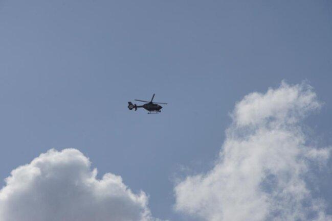 <p>Der Polizeihubschrauber machte weitere Luftaufnahmen vom Einsatzort.</p>