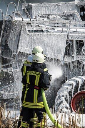 <p>Die Ermittlungen zur Brandursache laufen.</p>