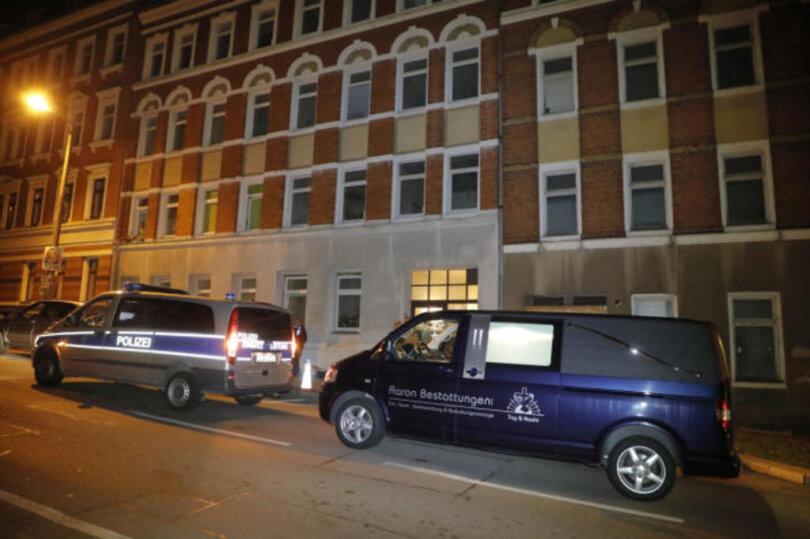 <p>Die Leiche des Mannes wurde in einer Dachgeschosswohnung an der Ziethenstraße gefunden.</p>
