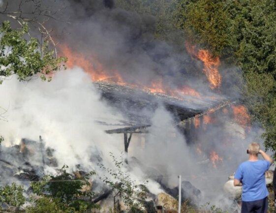<p>Nach Angaben der Rettungsleitstelle war gegen 15 Uhr eine Scheune an der Lichtenauer Straße in Brand geraten.</p>