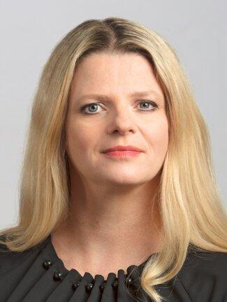 <p>Susanne Scharper, Chemnitz, 1978, Diplom-Pflegewirtin (FH)</p>