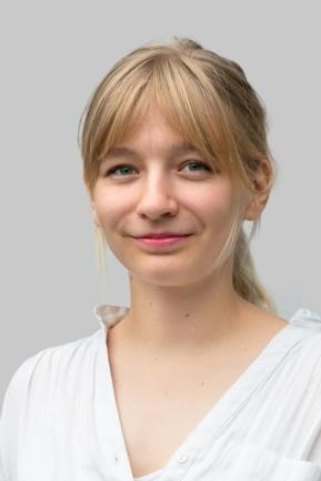 <p>Lucie Hammecke, Leipzig, 1996,<br /> Studentin Politikwissenschaften</p>