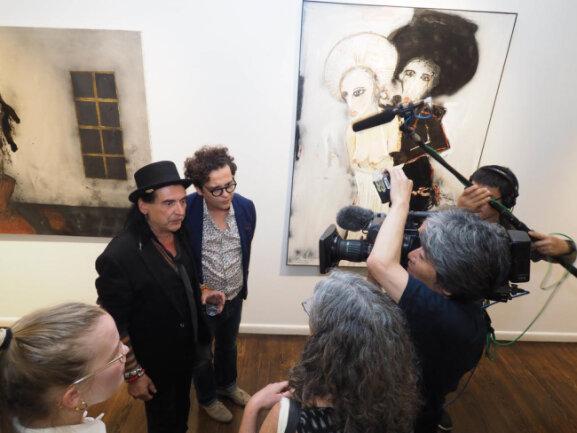 <p>Es ist die größte Einzelausstellung des 1963 in Karl-Marx-Stadt geborenen Künstlers außerhalb Deutschlands.</p>