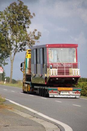 <p>Bis die Bahn wieder zwischen Erdmannsdorf und Augustusburg fährt, gibt es Schienenersatzverkehr.&nbsp;Ein alter Ikarus Bus soll regelmäßig auf der Srecke eingesetzt werden.</p>