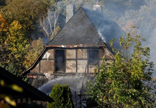<p>Die Bewohner konnten sich rechtzeitig in Sicherheit bringen. Das Haus ist nicht mehr bewohnbar.</p>