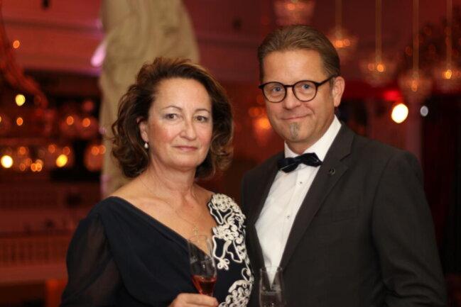 <p>Marika und und Axel Darre kamen aus Dresden zum Wirtschaftsball</p>