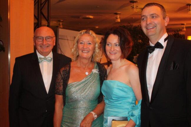 <p>Friedmar Götz, Renate Götz, Sandra Götz und Gregor Götz (von links)</p>