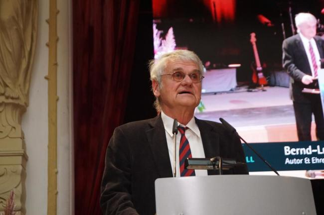 <p>Kabarettist Bernd-Lutz Lange hielt die Förderpreis-Laudatio.</p>