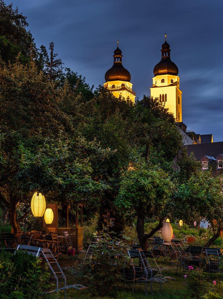 <p>Gewinnerbild: Der Weberhausgarten mit Blick auf die Johanniskirche</p>