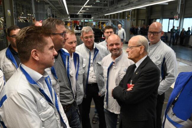 <p>Auch Carl Hahn war in Zwickau zu Gast. Er war zwischen 1982 und 1993 Vorstandsvorsitzender von Volkswagen.</p>