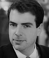 """<p>Andreas von Bismarck, Mitbegründer und Vorstandssprecher des Vereins """"Wirtschaft für ein weltoffenes Sachsen"""", ist am 31. Oktober unerwartet verstorben. Der Geschäftsführer und Gesellschafter des Chemnitzer Textilmaschinenbauers Terrot GmbH wurde 40 Jahre alt.</p>"""