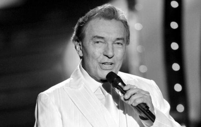 <p>Der tschechische Schlagersänger Karel Gott ist im Alter von 80 Jahren gestorben. Er starb am 1. Oktober.</p>