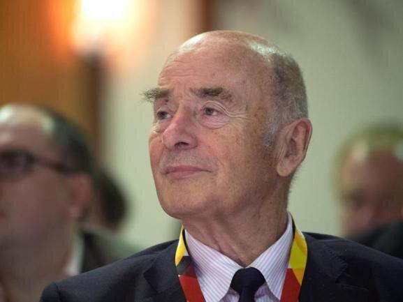 <p>Er hat die Armee der DDR in die Bundeswehr integriert, danach hat der Ex-General steile Karriere in der Brandenburger CDU gemacht und wurde auch bundesweit bekannt. Der frühere Innenminister Jörg Schönbohm ist am 7. Februar gestorben.</p>