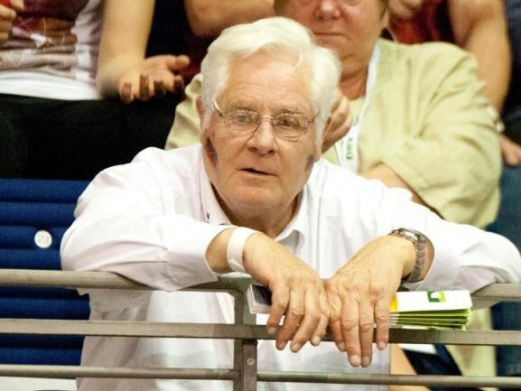 <p>Er war eine prägende Figur im deutschen Sport: Als Zehnkämpfer und später als Funktionär in der Leichtathletik sowie als Verbandschef im Volleyball. Am 30. Juli ist Werner Graf von Moltke im Alter von 83 Jahren in seinem Heimatort Nieder-Olm in Rheinland-Pfalz gestorben.</p>