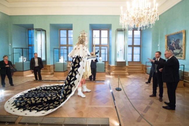 <p>Der Kurfürst wollte mit der Pracht der von den Wettinern zusammengetragenen Schätze die Besucher nachhaltig beeindrucken.&nbsp;</p>