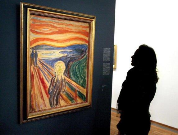"""<p>Bewaffnete überfallen im August 2004&nbsp;das Munch-Museum in Oslo und rauben eine Version des Gemäldes """"Der Schrei""""&nbsp;und das Werk """"Madonna"""". Schätzwert: insgesamt 90 Millionen Euro. Beide Gemälde tauchen wieder auf, die Diebe müssen für mehrere Jahre ins Gefängnis.</p>"""