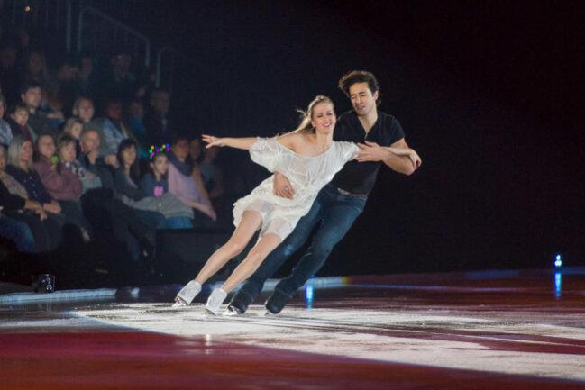 <p>Weltbekannte Eiskunstläufer zeigten dem Publikum ihr Können.</p>