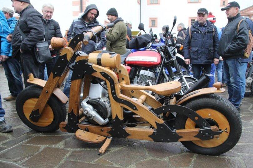 <p>Gut gemachter Eigenbau. Motorradbau der Zukunft?</p>