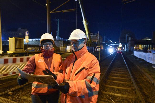<p>Verantwortlich für die Arbeiten war die Firma Hoch- und Tiefbau Reichenbach, die dafür von der Deutschen Bahn beauftragt wurde.&nbsp;</p>