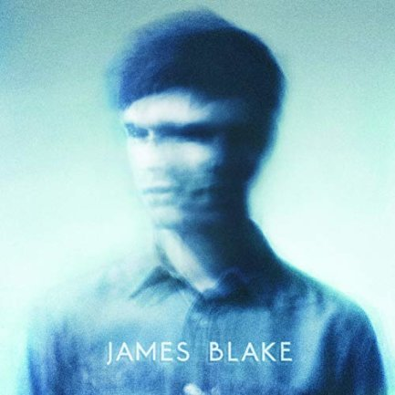 """<p>James Blake - """"James Blake"""" (2011): Ein Debüt wie eine Offenbarung: In ein gefühltes Vakuum hinein stellt James Blake behutsam seine Bässe, seine Beats, seine Stimme. Definiert das Genre Post-Dubstep oder Neo-R'n'B, Grenzen sind egal. Es sind die fehlenden Töne, die am lautesten nachwirken. Im damaligen Winter haben wir kurz die Luft angehalten, in seine Leere gehorcht — und uns vom Bass erschüttern lassen. (joeis)</p>"""