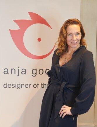 <p>Designerin Anja Gockel ging für die Show in Berlin eine Kooperation mit dem Plauener Label Edelziege ein. Die Chemie habe gleich gestimmt, sagt Saruul Fischer. Für die Sommer-Kollektion wollen sich die Kolleginnen intensiver abstimmen.</p>