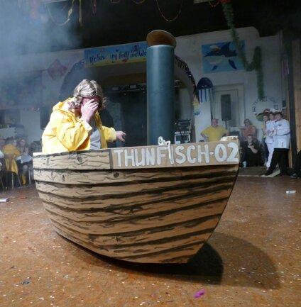 <p>Sogar Greta schaute in Drebach vorbei, musste aber mit ihrem Kutter von Segel- wieder auf Dampfschiffahrt umsteigen, weil ihr Schülergefolge nicht mehr mitspielen wollte.</p>