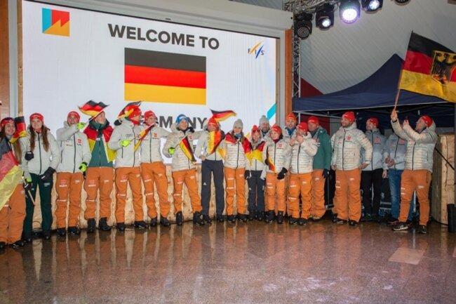 """<p><span style=""""color:#1f497d"""">Das deutsche Team setzte zur feierlichen Eröffnungszeremonie am Samstagabend den Schlusspunkt unter den Einmarsch der teilnehmenden 42 Nationen. </span></p>"""