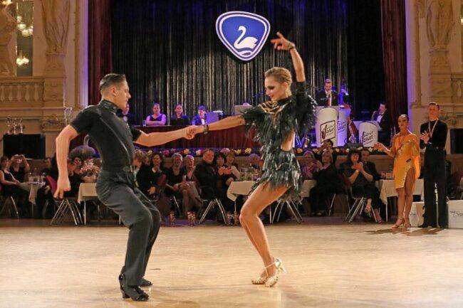 """<p>Während solche Vorentscheide zumeist in Turnhallen stattfinden, zeigten sich die Tanzpaare vom Austragungsort """"Neue Welt"""" in Zwickau begeistert.</p>"""