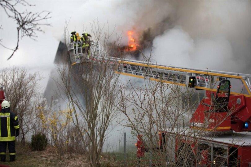 <p>Bei der Polizei wurde der Brand in dem Haus an der Hauptstraße kurz vor 6 Uhr gemeldet.</p>