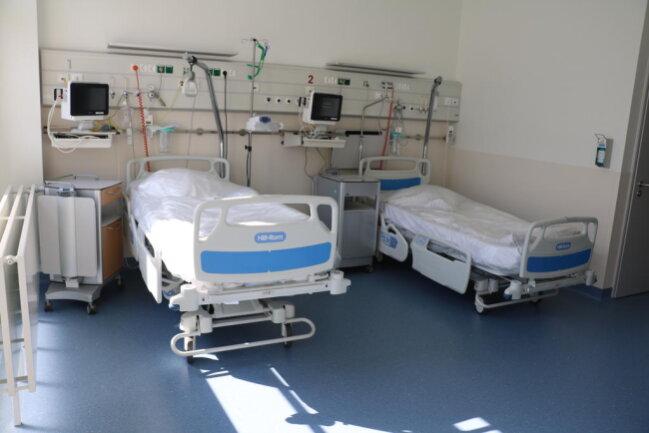 <p>Stand Donnerstag wurden drei Corona-Patienten intensivmedizinisch behandelt.</p>