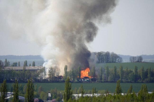 <p>Bei dem Brand vor einem Jahr entstanden mehrere 100.000 Euro Schaden.</p>