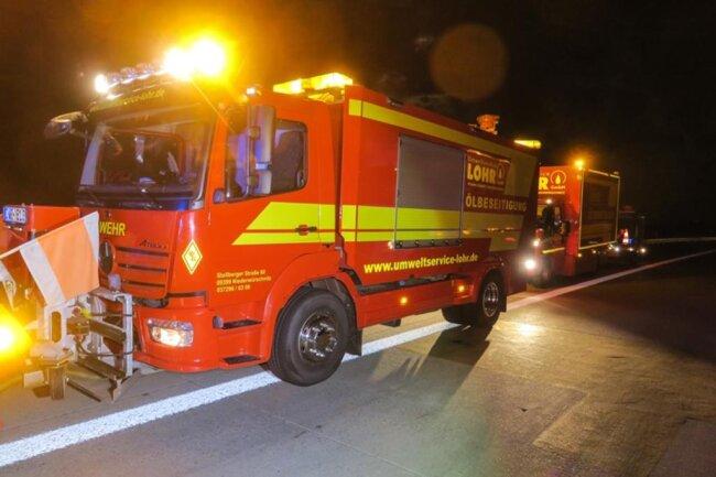 <p>Nach der Rettung wurde der Fahrer mit Notarzt ins Krankenhaus gebracht. Die A72 war für mehrere Stunden gesperrt.</p>